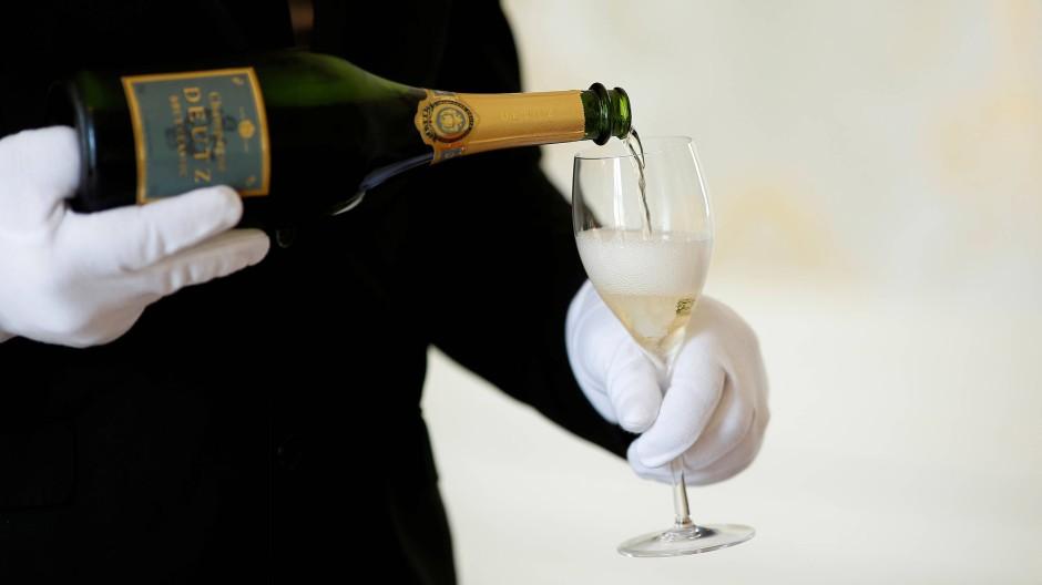 Amerika droht mit Zöllen auf Produkte aus Frankreich und würde damit auch Champagner verteuern.