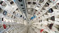 Autoturm in Wolfsburg: Volkswagen muss 4,3 Milliarden Dollar an das Justizministerium der Vereinigten Staaten überweisen.