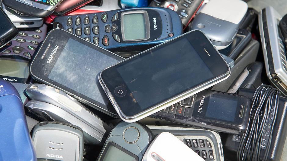 Ausrangierte Mobiltelefone
