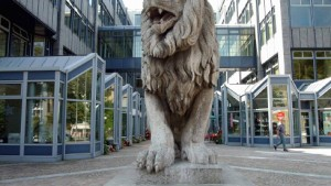 BayernLB gibt Milliardenrisiken zu