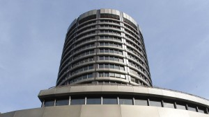 BIZ warnt vor angespannter Ruhe an den Finanzmärkten
