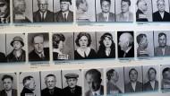 """Verfolgt durch SS und Polizei: Im Berliner Dokumentationszentrum """"Topographie des Terrors"""" befasst sich eine Fotoausstellung mit NS-Verbrechen."""