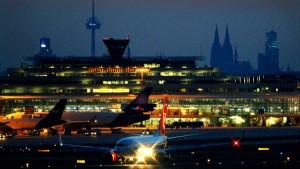 Lufthansa platziert interne Billigfluglinie in Köln