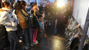 Sarkozy ruft höchste Terrorwarnstufe aus