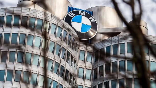 Die gesamte deutsche Autoindustrie steht still