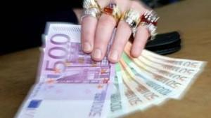Heftige Kritik am Kompromiß zur Reichensteuer