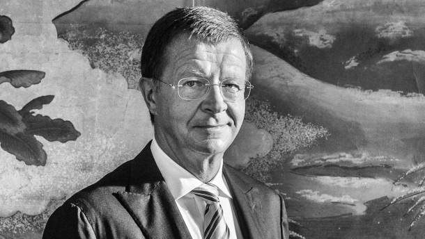 Jörg Wolle - der CEO des Handelshauses DKSH in Zürich spricht über seine Karriere mit Jürgen Dunsch