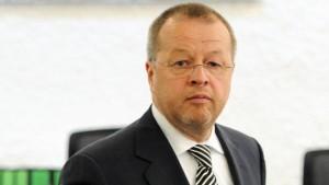 Staatsanwaltschaft fordert Freiheitsstrafe für Ex-Porsche-Finanzchef