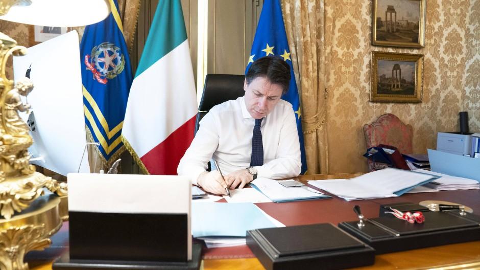 Im Krisenmodus: Italiens Ministerpräsident Giuseppe Conte