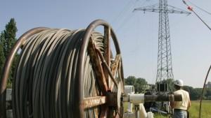 Neue Stromleitungen kosten  32 Milliarden Euro