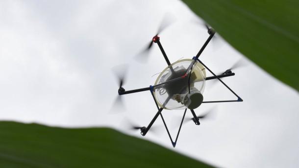 Wie die Behörden private Drohnen jagen