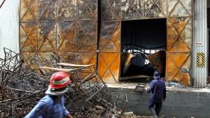 Kik zahlt 5,15 Millionen für Opfer von Fabrikbrand