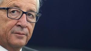 Parlament stimmt für Junckers EU-Kommission
