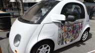 Schon länger ist ein Prototyp des Google-Autos auf Amerikas Straßen unterwegs.