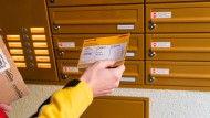 Nicht nur für den Paketdienst ist es wichtig, die richtige Adresse des Empfängers zu kennen, sondern zuweilen auch für Chefs.