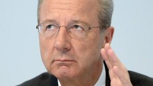 Vorwürfe gegen Chefkontrolleur Pötsch