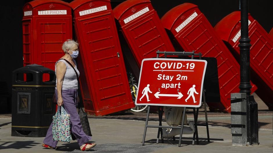 Die britische Wirtschaftsleistung ist stark geschrumpft.