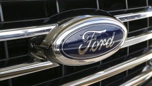 Ford ruft Hunderttausende Autos zurück