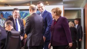 Koalition verteilt fröhlich Milliarden