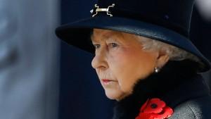 Die Queen soll das Sparen lernen