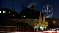 Bayer erhöht Angebot für Monsanto leicht