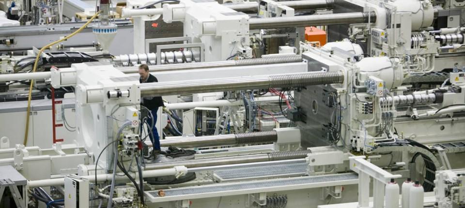 In der Kunststoff-Maschinen-Produktion von Krauss Maffei in München.