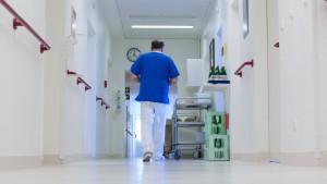 Ärztechef verlangt Schließung unrentabler Kliniken