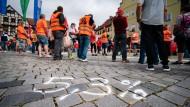 Inflation und Demografie: Kieler Ökonom erwartet Lohnzuwächse von fünf Prozent im Jahr