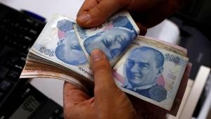 Die türkische Währung erreicht ihr Vorkrisenniveau wieder