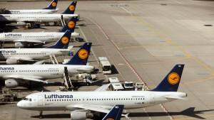 Lufthansa prüft Schadenersatzforderung