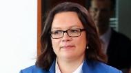 Nahles will Ostrenten bis 2020 angleichen