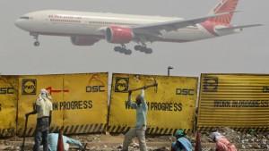 Shiva wacht über Delhis neuen Flughafen