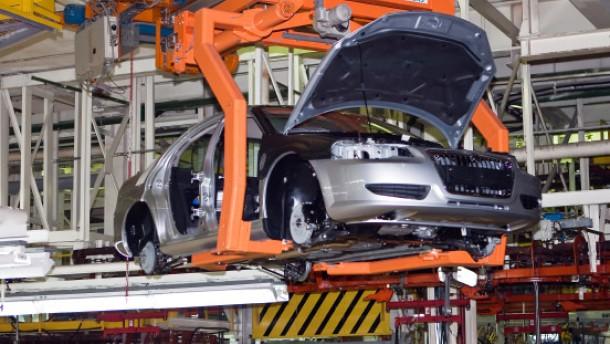 Daimler und VW an Autobauer Gas interessiert