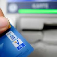 Schon die Grundpreise der klassischen Konten unterscheiden sich erheblich.