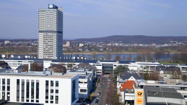 Jochen Homann - der Leiter der Bundesnetzagentur stell sich in Bonn den Fragen von Holger Steltzner und Helmut Bünder