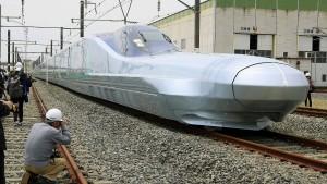 Dieser Zug fährt 400 km/h schnell