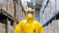 Ebola-Schutzkleidungs-Hersteller macht Sonderschichten