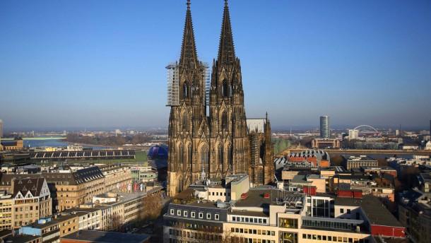 Kölner Dom ist 1 Euro wert