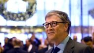 Bill Gates verlässt den Trump-Tower nach einem Treffen mit dessen Namensgeber.