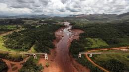 Dammbruch-Opfer fordern Entschädigung