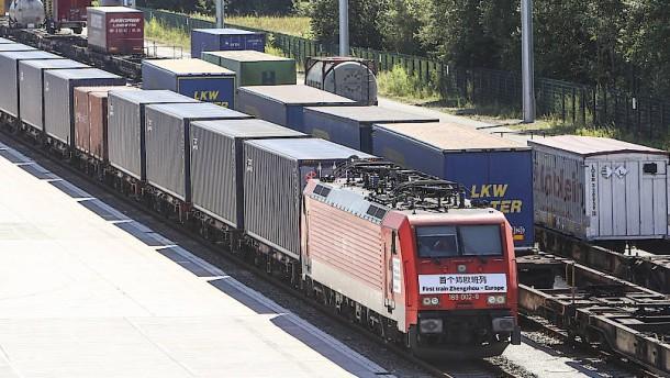 Jetzt fährt ein Güterzug von Mannheim nach China