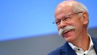 Dieter Zetsche hat gut lachen: Bei Daimler läuft's blendend.