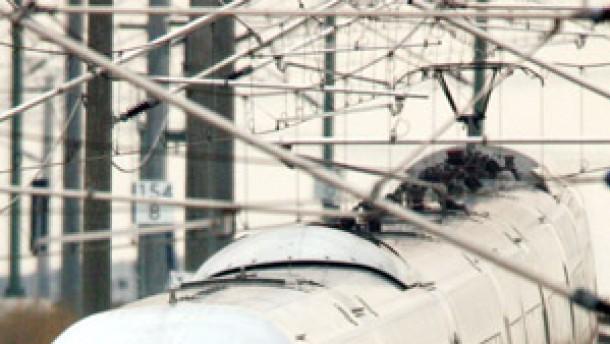 Deutsche Bahn verringert Verluste