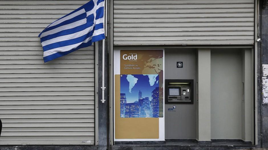 Ein Bankautomat in Athen: Mehr als 420 Euro gibt es hier nicht.