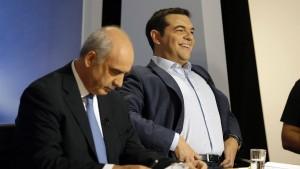 In drei neuen Umfragen liegt Syriza hauchdünn vorne