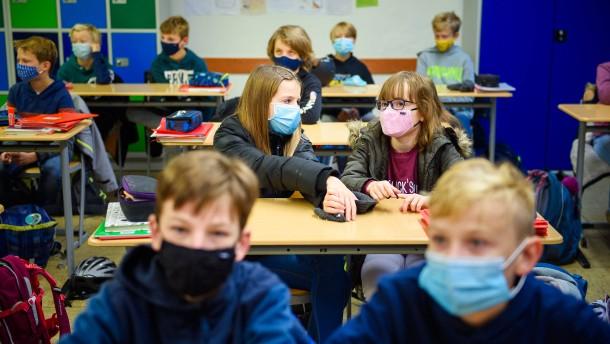 Gericht weist Eilantrag gegen Maskenpflicht im Unterricht ab