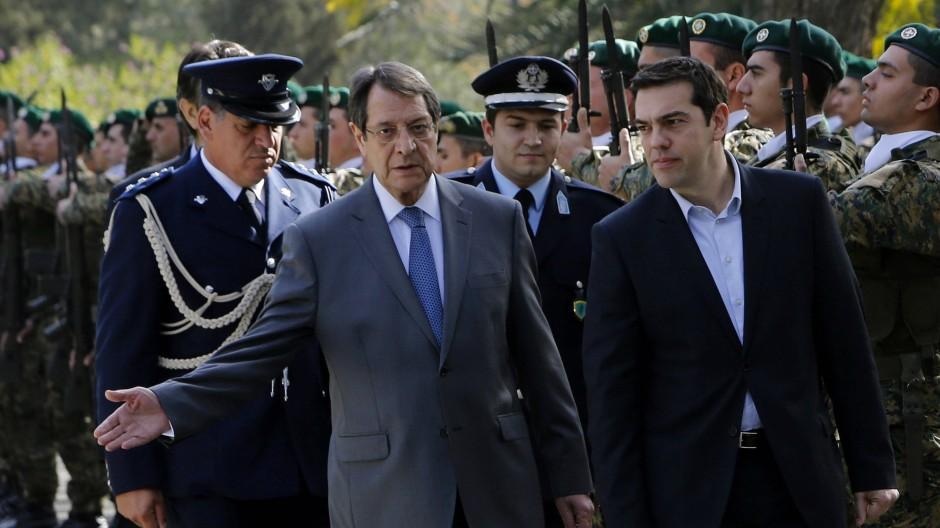 Wie geht es weiter? Zyperns Präsident Nicos Anastasiades (l.) und der griechische Premier Alexis Tsipras Anfang Februar.