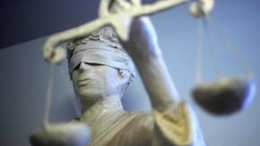 Versicherungen müssen einheitliche Tarife für Frauen und Männer anbieten, hat der Europäische Gerichtshof (EuGH) in Luxemburg entschieden.