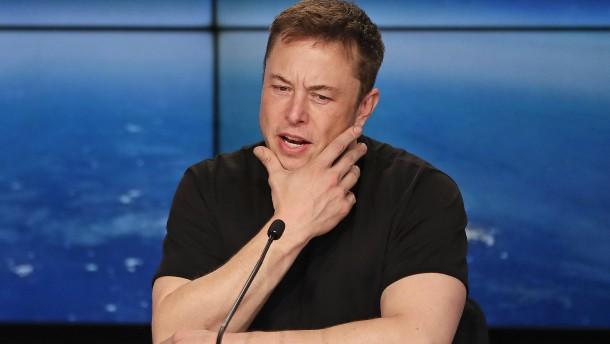 Teslas Aktienkurs fällt um 8 Prozent