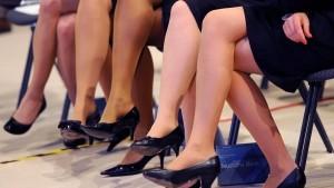 So viele Frauen fehlen noch in den Aufsichtsräten